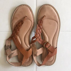 Born Lake Sandals in Cognac